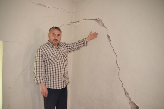 Viranşehir'de asırlık Kışla Camisi yıkılma tehlikesiyle karşı karşıya