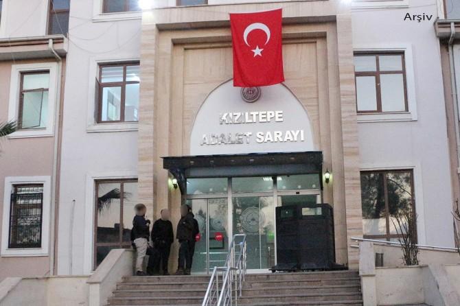Kızıltepe'de polise zimmet operasyonu: 9 gözaltı