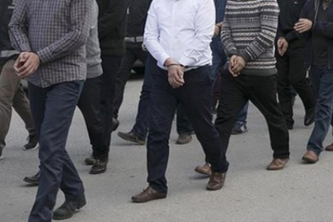Van'da aranan 35 kişi yakalandı