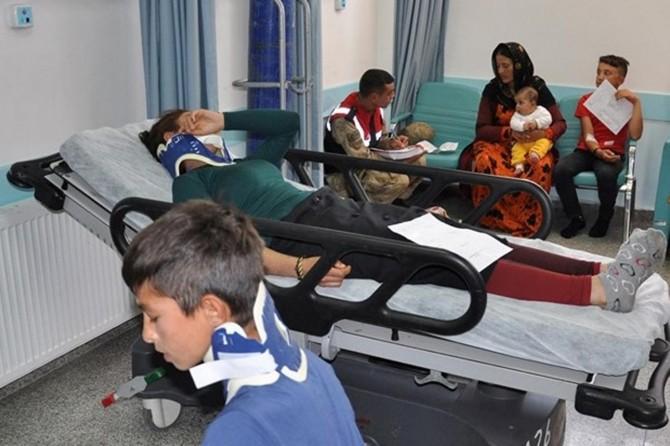 Nizip'te tarım işçilerini taşıyan kamyonet devrildi: 22 yaralı