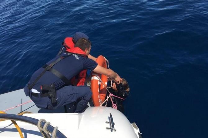 Ayvalık'ta tekne battı: 9 göçmen öldü