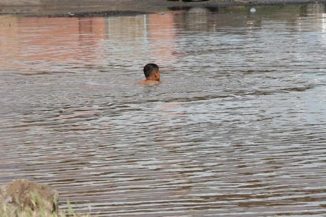 Gölete giren amca çocukları boğuldu