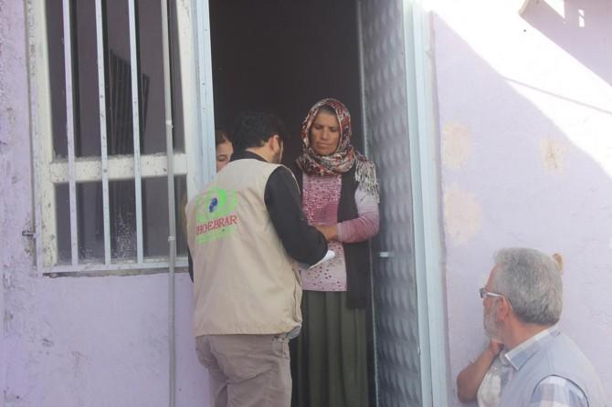 IHO EBRAR'dan Nusaybinli muhtaç ailelere gıda yardımı