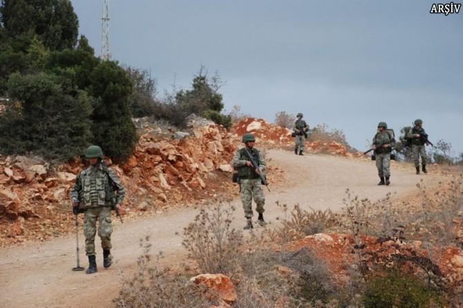 Baykan'da öldürülen 6 PKK'liden biri mavi kategoride