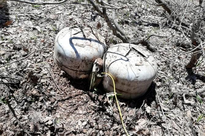 Bingöl'de patlamaya hazır el yapımı patlayıcı ele geçirildi
