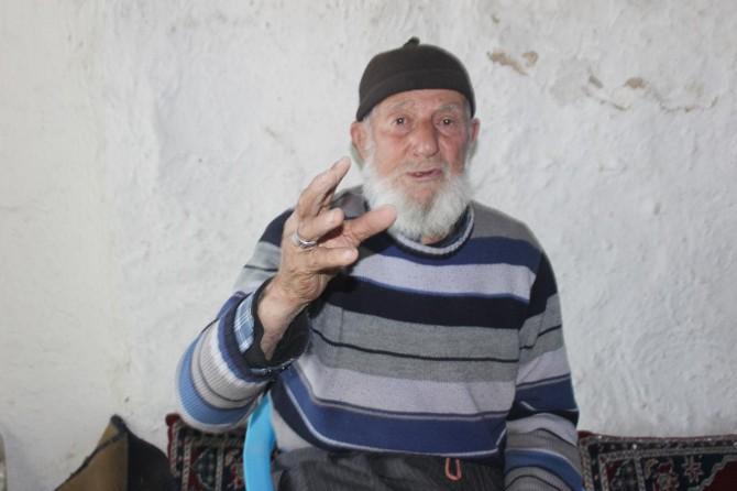 Asırlık çınar eski ramazanın zorluklarını anlattı