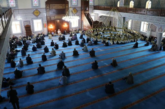 Bingöl'de hafızlar sesleriyle Kur'an mukabelesine manevi güzellik katıyorlar