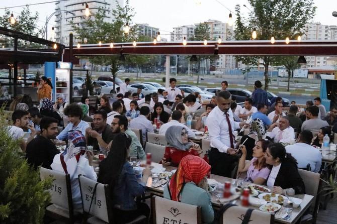DTSO engelli vatandaşlarla iftar sofrasında buluştu