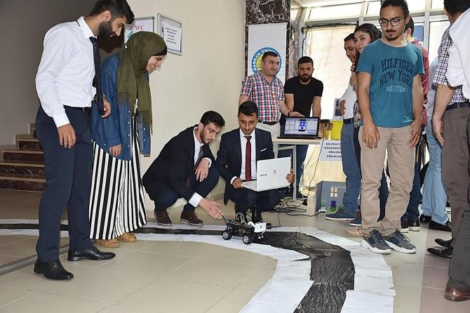 Harran Üniversitesinde geleceğin mühendisleri projelerini sergiledi