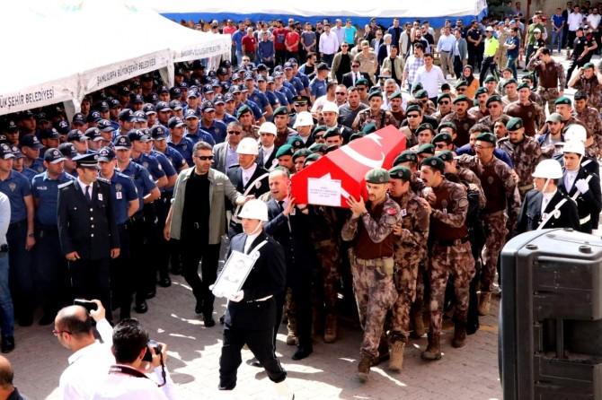 Halfeti'deki çatışmada hayatını kaybeden polis için tören düzenlendi