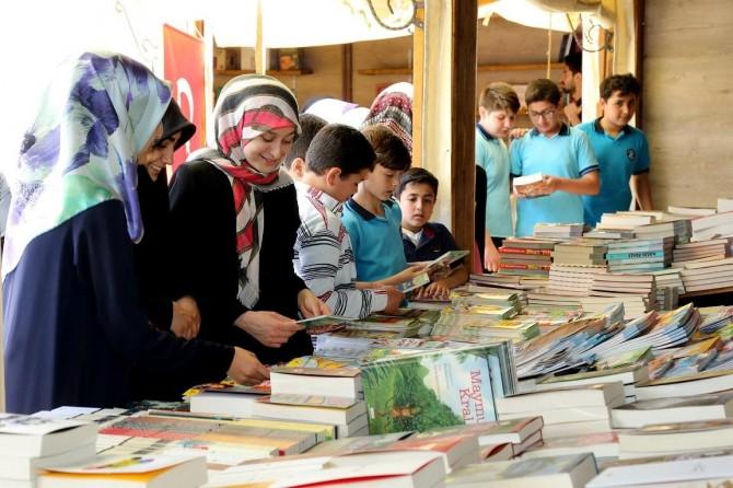 Gazianteplilerden kitap fuarına yoğun ilgi