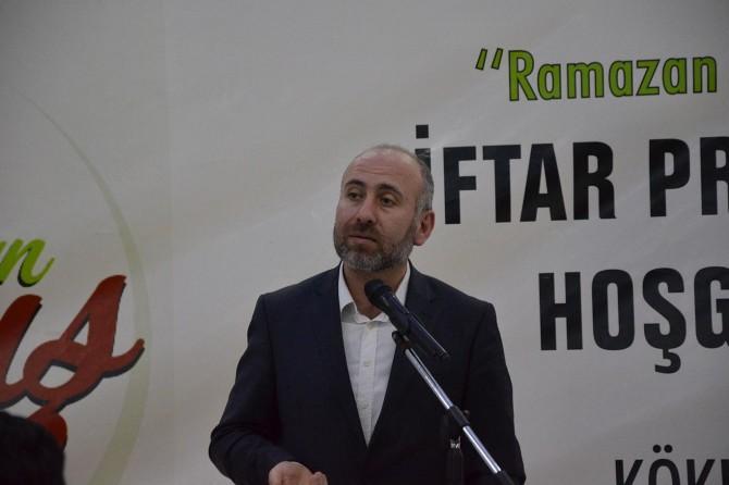 Ramazan ayı Müslümanlar için zafer ayıdır