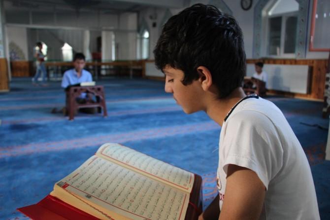 Ramazan haramlardan ve kötülüklerden arınma ayıdır