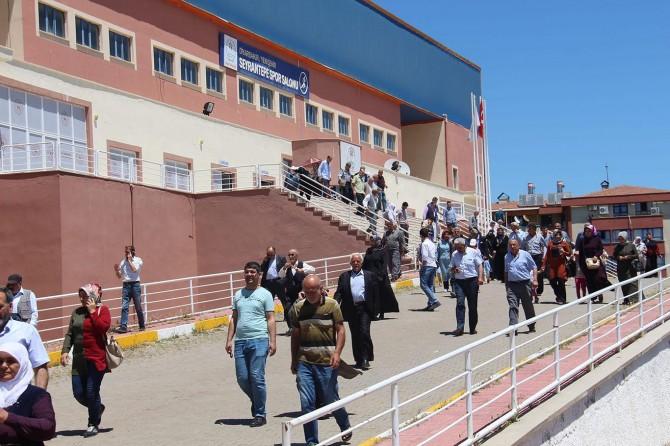 Diyarbakır'da TOKİ kuraları çekildi