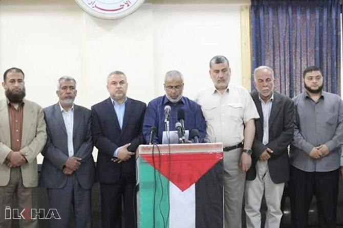 Palestinian resistance groups: The rights of our people are not negotiable