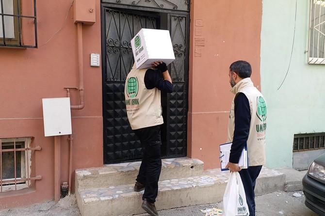 Bursa Umut Kervanı yardımlarına devam ediyor