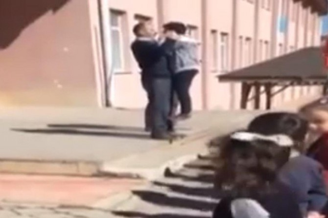 Yapraklı'da tepki çeken görüntü: Okul müdürü görevinden alındı