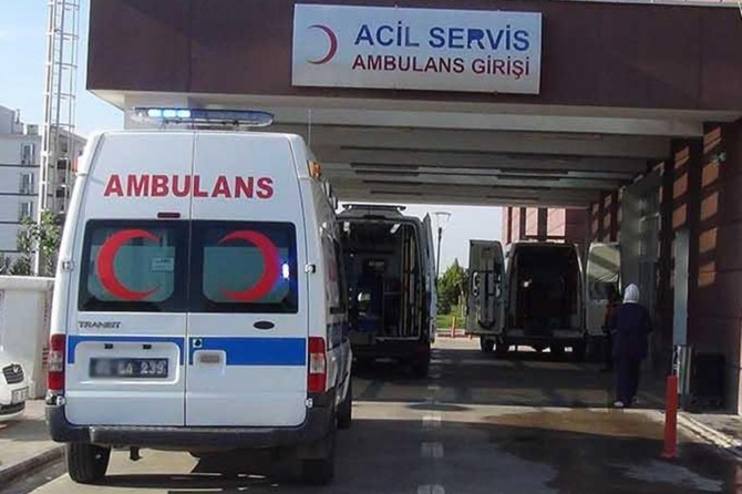 Bursa Osmangazi'de sepetli vinç devrildi: 2 ölü