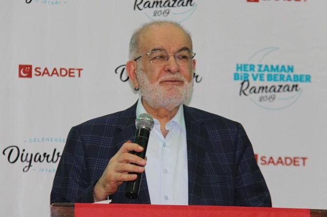 Karamollaoğlu: Barışa katkı sağlayan girişimleri destekliyoruz