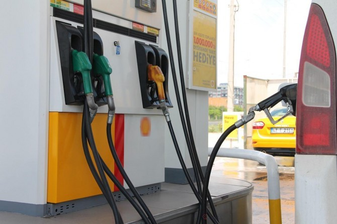 Benzin ve otogazda indirim