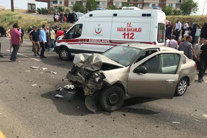 Bingöl-Genç Karayolunda kaza: 5 yaralı