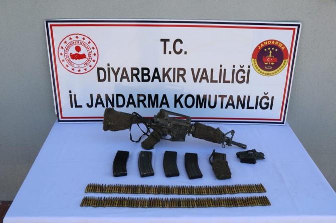Gri listede aranan 2 PKK'li Lice'de öldürüldü