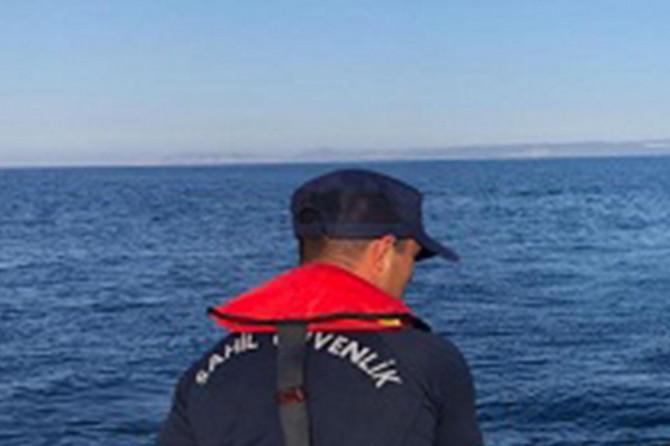 Gemlik'te arızalanan teknedeki 3 kişi kayıp
