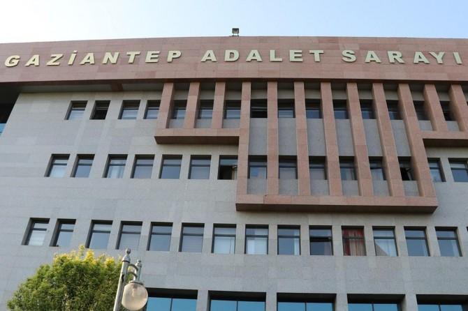 Gaziantep'te çaldıkları otomobille gezerken yakalandılar