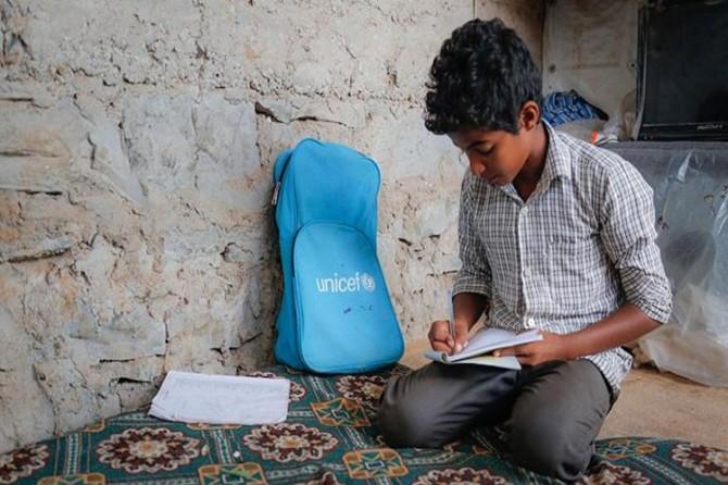 UNICEF: 104 milyon zarok û xort naçin mektebê