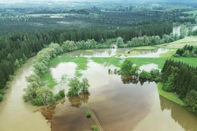 Avusturya'da su seviyesi 6 metreden fazla yükseldi