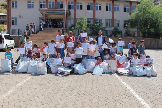 HÜDA PAR'dan Elazığ'da çocuklara sürpriz karne hediyesi