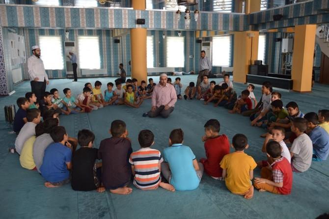 Çocuklarımız kurslarda sadece Kur'an öğrenmekle kalmayacak