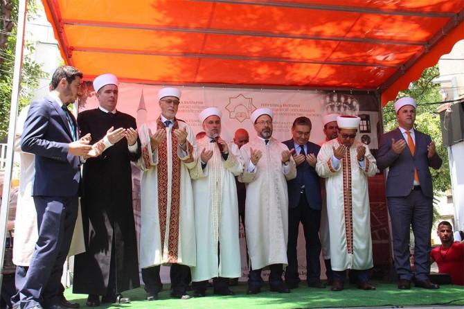 Diyanet İşleri Başkanı Erbaş Hasköy Eski Camii'nin açılışını yaptı