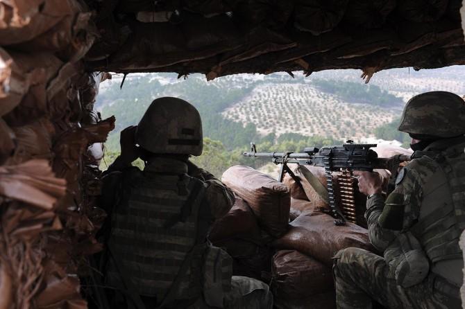 Arananlar listesindeki 2 PKK'li öldürüldü
