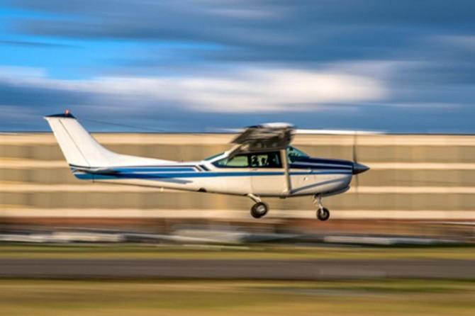 Yeni Zelanda'da iki küçük uçak havada çarpıştı