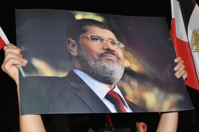Mursi'nin aile kabristanlığına defnedilmesi talebi reddedildi