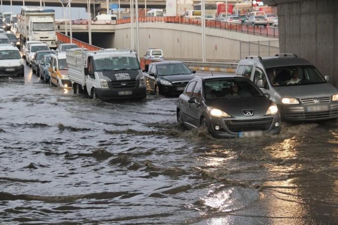 Ani sel ve su baskını uyarısı