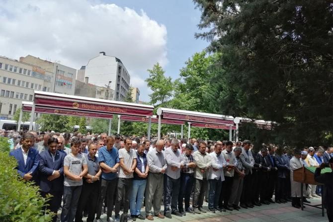 Eskişehir'de Muhammed Mursi için gıyabi cenaze namazı kılındı