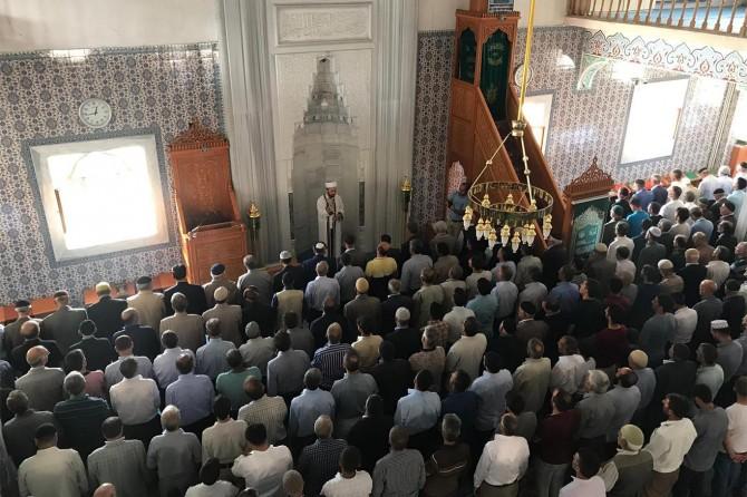 Bingöl ilçelerinde şehid Mursi için gıyabi cenaze namazı