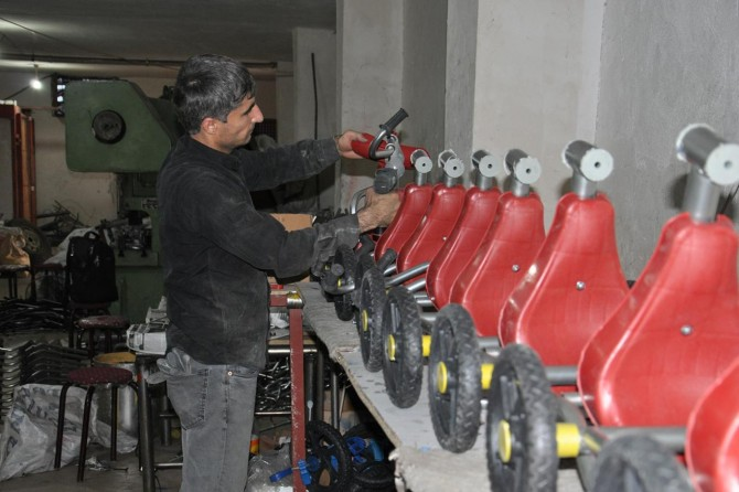 Ürettiği bisikletleri tüm Türkiye'ye satıyor