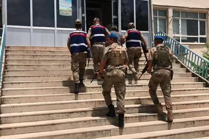 Diyarbakır Kayapınar'da 1 PKK'li yakalandı