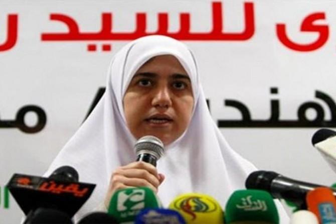 Mursi'nin kızı babasının sağlık durumuna dikkat çekmişti
