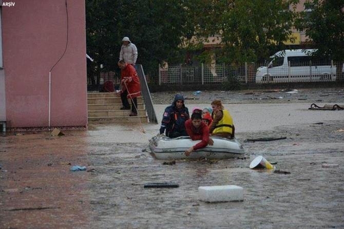 Trabzon için sel ve heyelan uyarısı