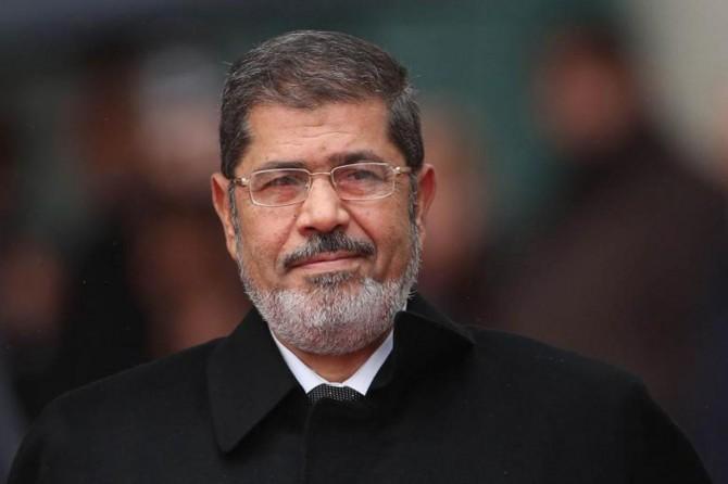 Şehid Mursi'nin defni sırasında yaşanan dikkat çekici anlar