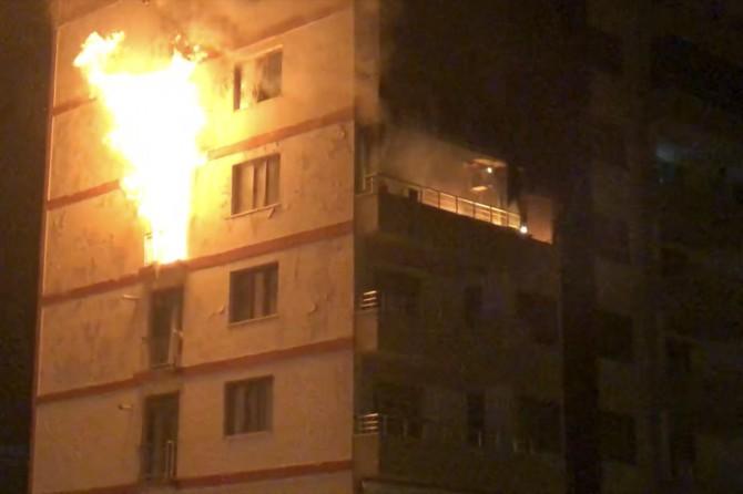 Diyarbakır itfaiyesi yangına çok geç müdahale etti