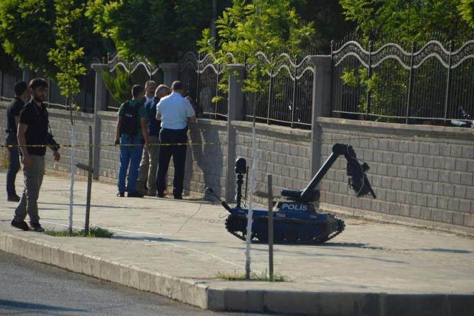 Siirt Valiliği önünde bomba paniği