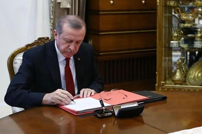 Cumhurbaşkanı Erdoğan Askerlik Kanunu'nu imzaladı