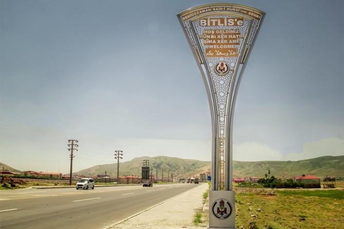 Bitlis Belediyesi 5 dilde tabela astı