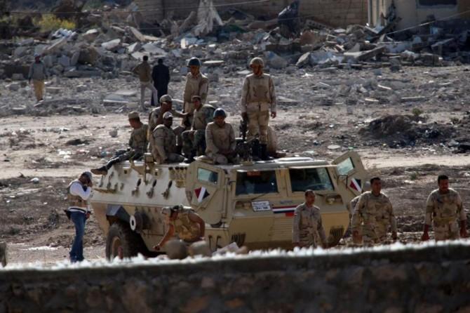 Mısır'da 7 polis öldürüldü