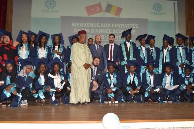 Türkiye Maarif Vakfında mezuniyet heyecanı